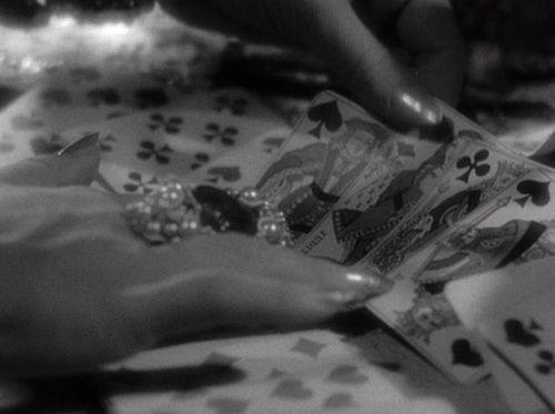 Hand Dietrich DevilIsAWoman